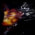 Torrente Falterona (Alto Mugello, Toscana)Sinfonia in acqua: un gioco di luce in trasparenza sulla superficie che, nei suoi bizzarri movimenti, ci mostra la grafia di uno spartito musicale.